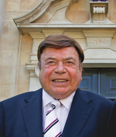 Dr Alan Howard