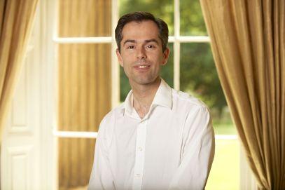 Dr David Pratt