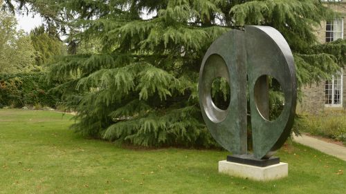 Barbara Hepworth Divided Circle