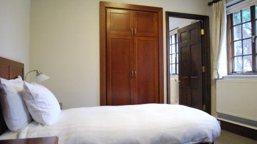 N Staircase Room 15