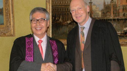 Tadayoshi Tazaki welcomed as a Foundation Fellow