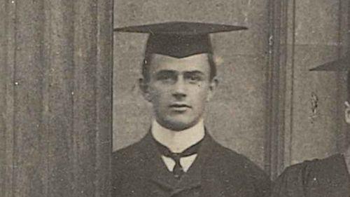 Ian Macdonald Brown - First World War Roll of Honour